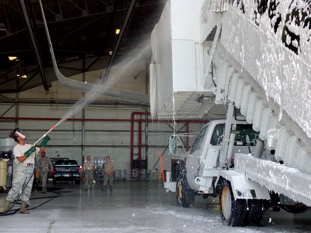 using wingman on lift truck